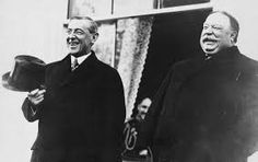 Incoming president, Woodrow Wilson, with outgoing president, William Howard Taft, in 1913.