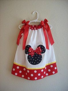 pillowcase dress for Minnie/Mickey themed bday party-Miss Laila loves Minnie Mouse! May have to sew up a couple for my Granddaughters Sewing For Kids, Baby Sewing, Toddler Dress, Baby Dress, Sewing Crafts, Sewing Projects, Accessoires Barbie, Pillow Dress, Mini Vestidos