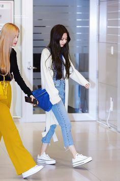 outfit korean Jennie 190411 AM, ICN Airport Arrival . Jennie 190411 am, icn Flughafen Ankunft Fashion Idol, Blackpink Fashion, Asian Fashion, Daily Fashion, Blackpink Outfits, Kpop Fashion Outfits, Casual Outfits, Kpop Mode, Pantalon Cargo