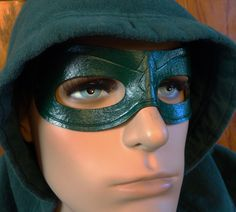 Green Arrow leather cosplay mask