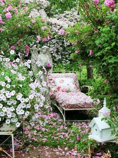 30 Most Amazing Vintage Garden Decorations. Shabby Chic ...