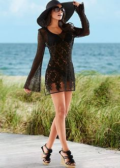 Black crochet lace tunic oh yes's perfect ensemble from Venus from head to toe!!!!