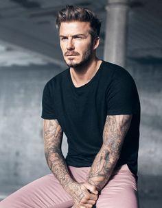 H&M и Дэвид Бэкхэм (David Beckham) объединились вновь для весенне-летней коллекции 2015. Кампанию снимал Марк Фостер (Marc Forster).