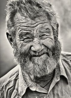 Black and White Photography People: Get Professional Looking Pictures With These Tips – Black and White Photography Old Faces, Many Faces, Foto Portrait, Portrait Photography, Photography Ideas, Photography School, Portrait Ideas, People Photography, Digital Photography