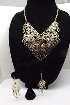 SARAH COVENTRY 1975 MANDARIN MAGIC SET NECKLACE EARRINGS   VINTAGE JEWELRY #SarahCoventry #BIB