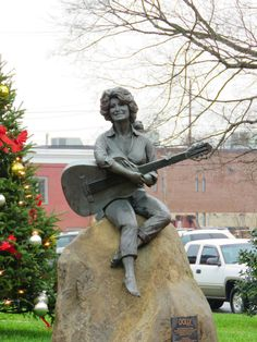 Always a sight to see when you're in downtown #Sevierville Main Street, Tennessee, Garden Sculpture, Maine