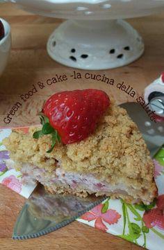 Sbrisolona con crema di ricotta e fragole http://blog.giallozafferano.it/greenfoodandcake/sbrisolona-ricotta-fragole/