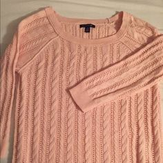 Light pink knit American eagle sweater Worn once! In great condition, super soft and goes with everything! American Eagle Outfitters Sweaters Crew & Scoop Necks