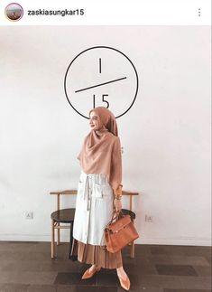 Muslim Women Fashion, Islamic Fashion, Modest Fashion, Casual Hijab Outfit, Hijab Chic, Niqab, Moslem Fashion, Hijab Style Dress, Street Hijab Fashion