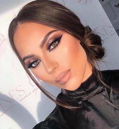 Makeup Looks For Green Eyes, Prom Makeup Looks, Pretty Makeup, Classic Makeup Looks, Makup Looks, Mac Makeup Looks, Smokey Eye Makeup Look, Beautiful Eye Makeup, Perfect Makeup
