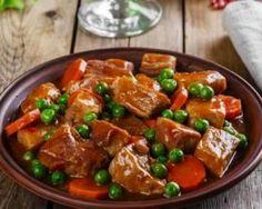 Mijoté de boeuf léger aux petits pois et aux carottes : http://www.fourchette-et-bikini.fr/recettes/recettes-minceur/mijote-de-boeuf-leger-aux-petits-pois-et-aux-carottes.html