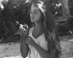 Brooke Shields in Blue Lagoon is my beauty goals for life...those brows, that hair, the tan! Whaaaaat