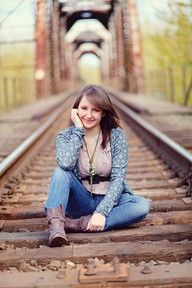 Railroad pictures are my favorite!