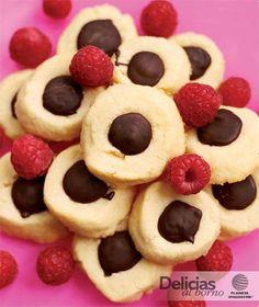Receta: Galletas de limón rellenas de chocolate Galletas Cookies, Cake Cookies, Mexican Food Recipes, Cookie Recipes, Empanadas, Chocolate Sweets, How To Make Cookies, Cookie Dough, Christmas Cookies