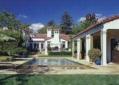 Pool and Cabana. Architect Ferguson & Shamamian http://www.fergusonshamamian.com/