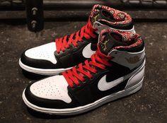 """Air Jordan 1 """"Las Vegas"""""""