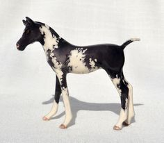 Black and White Paint Pinto Foal Filly Colt Horse Ceramic China Figurine White Paints, Worlds Largest, Originals, China, Horses, Black And White, Cute, Model, Animals