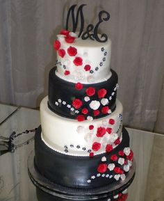 red and black wedding cake.. Change out the red for pink. :)