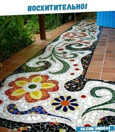 Mosaic Projects that Can Turn Your Garden into a Work of Art Here are easy-to-make garden mosaic crafts add color and beauty to the garden. You will love DIY garden mosaic projects that are both practical and artistic. Mosaic Crafts, Mosaic Projects, Mosaic Art, Mosaic Glass, Mosaic Tiles, Easy Mosaic, Stone Mosaic, Best Flooring, Outdoor Flooring