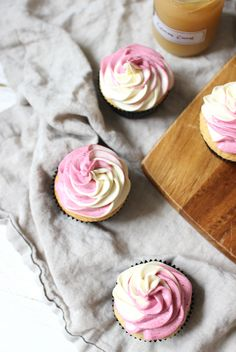 Wicked sweet kitchen: Blueberry & lemon cupcakes with white chocolate and honey