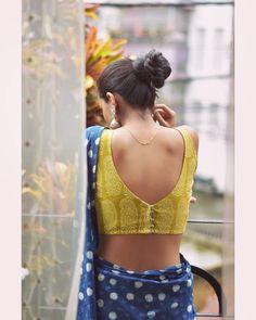 Blouse Back Neck Designs, Cotton Saree Blouse Designs, Best Blouse Designs, Simple Blouse Designs, Stylish Blouse Design, Indian Blouse Designs, Traditional Blouse Designs, Blouse Simple, Simple Sarees