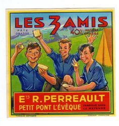 French cheese advertisement ANCIENNE ETIQUETTE FROMAGE PONT L EVEQUE SCOUT 3 AMIS CAMP DE JEUNE MAYENNE