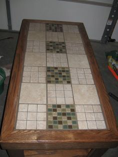 How to tile a table top...so going to do this to the sofa/hallway table...