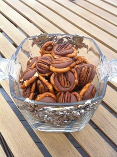 Rolo Pretzels for the Culinary Challenged