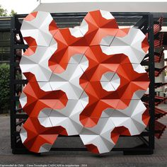 En Detalle: Fachadas Paramétricas / FAU Más Tile Patterns, Textures Patterns, Metal Facade, 3d Panels, Arte Horror, Facade Architecture, Graphic Design Posters, 3d Wall, Belle Epoque