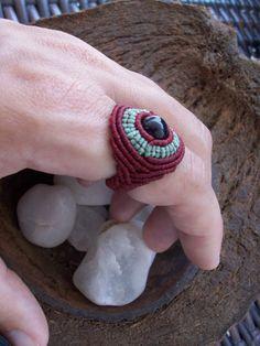 Agate Bohemian Macrame Ring Micro macrame burgundy por Nawaaal