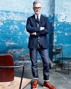 OCT Style Guide: J.Crew men's Wallace & Barnes straight raw indigo selvedge jean. Mature Mens Fashion, Old Man Fashion, Hipster Fashion, Mode Man, Moda Formal, Red Wing Boots, J Crew Men, Men's Wardrobe, Sharp Dressed Man