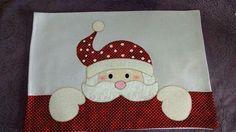 Dicas de Pano de Prato de Natal com Patchwork Christmas Towels, Diy Christmas Ornaments, Christmas Art, Diy And Crafts, Christmas Crafts, Mug Rug Patterns, Applique Patterns, Applique Towels, Christmas Sewing Projects