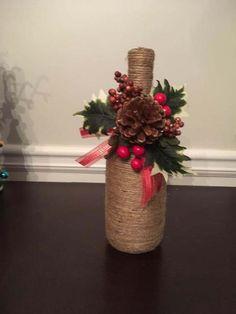22 Great Wine Decor For Kitchen Rugs Liquor Bottle Crafts, Wine Bottle Art, Painted Wine Bottles, Beer Bottles, Vintage Bottles, Vintage Perfume, Antique Bottles, Antique Glass, Vodka Bottle