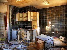 cocina abandonada - Buscar con Google