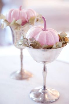 pink fall pumpkins for Thanksgiving decor #RisatasThanksgivingTable