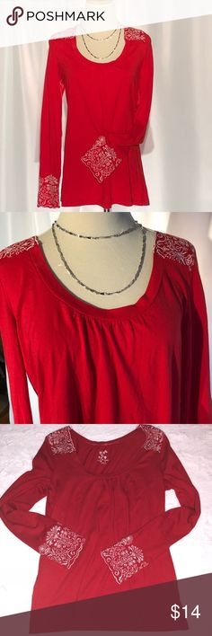 Lucy & Laurel Bright Red Scoop Neck w White Detail Like New  Lucy & Laurel  Bright Red Scoop Neck with  White Embroidered Detail on Shoulders and Cuffs Size Large Originally From TJ Max Lucy & Laurel Tops Blouses