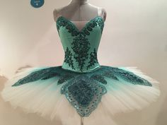 Dance Outfits, Dance Dresses, Ballet Outfits, Ballet Wear, Ballet Tutu, Tutu Costumes, Ballet Costumes, Ballerina Dress, Ballerina Art