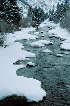 Winter picture of Eagle River near Minturn, CO.