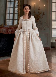 Victorian Ball Gowns, Vintage Ball Gowns, Vintage Dresses, Vintage Outfits, Victorian Dresses, Victorian Costume, Vintage Clothing, Costume Patterns, Dress Sewing Patterns