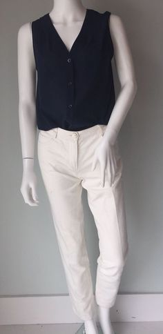 d25bb76b432cd CHANEL White Denim Jeans Straight Leg Size 36 Fits Like a 0 Retail  550+