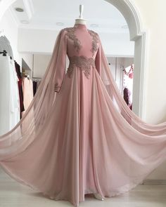 Sıcak Yaz'ın favorisi👗 - Wedding Muslim Evening Dresses, Hijab Evening Dress, Muslim Wedding Dresses, Muslim Dress, Long Evening Gowns, Cheap Evening Dresses, Dress Wedding, Hijab Prom Dress, Muslimah Wedding Dress