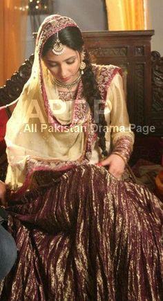 Pretty Pakistani model & actress, Mahira khan