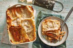 Het ultieme Italiaanse comfortfood: lasagne. De harde geitenkaas maakt dit recept net iets spannender dan normaal - Recept - Allerhande