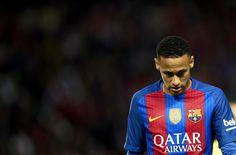 Neymar Jr of FC Barcelona  looks on during the match between Sevilla FC vs FC Barcelona as part of La Liga at Ramon Sanchez Pizjuan Stadium on November 6, 2016 in Seville, Spain.