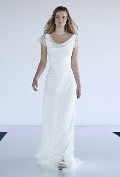 Rembo Styling Wedding Dresses, Eros dress. Tulle, strass beading. Light dress, romantic and confortable