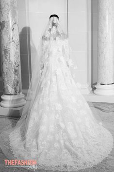 Elie Saab 2019 Country Wedding Dresses Off Shoulder Lace Appliques Long Sleeves Sweep Train Beach Wedding Dress Custom Made Bridal Gowns Informal Wedding Dresses, Unique Wedding Gowns, Informal Weddings, Country Wedding Dresses, Wedding Dress Styles, Dream Wedding Dresses, Wedding Suits, Wedding Bride, Unique Weddings