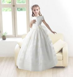 Lovely Ball Gown Round Neck Short Sleeves Floor Length Organza Communion Dress