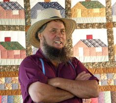 Amish Quilt Auction in Amherst, Wisconsin, Fall 2007 - Travel Photos by Galen R Frysinger, Sheboygan, Wisconsin Amish Beard, Amish Men, Amish Books, Amish Culture, Sheboygan Wisconsin, Amish Community, Viking Men, Amish Quilts, Amish Country
