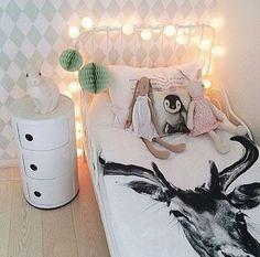 """Foto """"pinnata"""" dalla nostra lettrice Rosandra Ferri blogger di mommo design: GIRLS ROOMS"""
