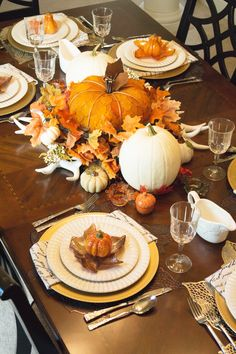 Stage Presents 2016 Fall Home Tour Tablescape - Formal Dining Room - stage-presents.com